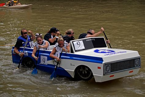cardboard boat race awards 2016 holy trinity cardboard boat regatta dubois county