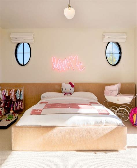 kourtney kardashian bedroom 238 best kourtney kardashian house images on pinterest