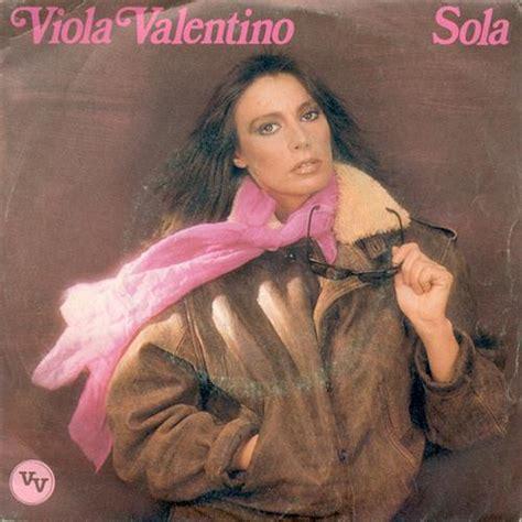 testi romantici viola valentino sola testo mangianastri