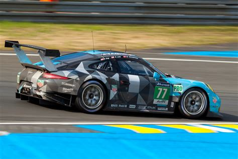 Le Mans Porsche by Porsche Pictures Of Race Cars Taken Part At 24
