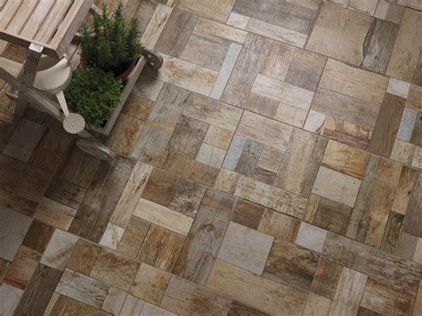 piastrelle antigelive pavimento per esterni in gres porcellanato effetto legno