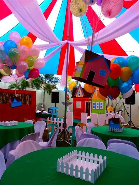 house party themes floating house of disney up party theme party pinterest disney green table and