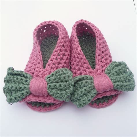 crochet baby shoes crochet pattern baby shoes booties baby bow peeptoe sandals