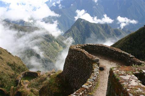 incas a captivating guide to the history of the inca empire and civilization books inca trail trekking guide detour