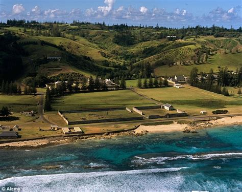 australia government  norfolk island  stop