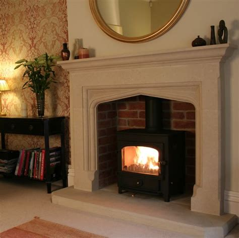 Fireplace With Log Burner by Best 25 Log Burner Fireplace Ideas That You Will Like On