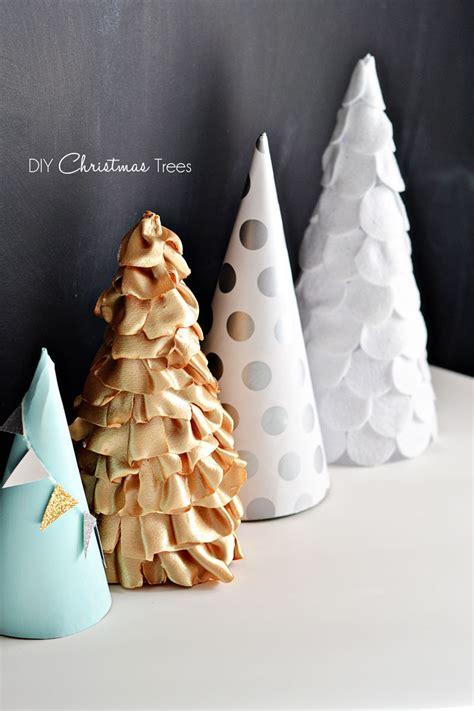 Ladario Fai Da Te Moderno by Decorazioni Per Un Natale Moderno Caratterizzato Da