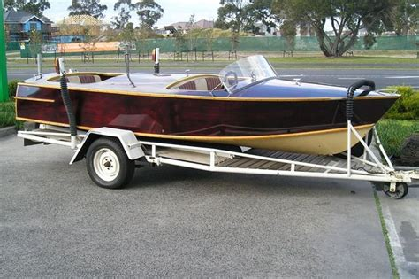 ski boats for sale in adelaide sold seacraft ski boat auctions lot 39 shannons