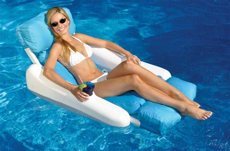Floating Pool Chair by Pool Recreation Gt Floating Lounge Chairs Gt Sunchaser Sunsoft Luxury Lounger