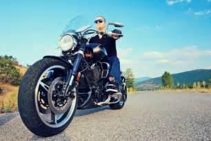 Motorrad Ganzes Jahr Fahren by Motorradversicherung Checkliste Versicherungsgeizkragen De