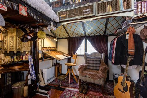 tiny house inside 16 tiny houses you wish you could live peek inside this tiny house decorated for christmas