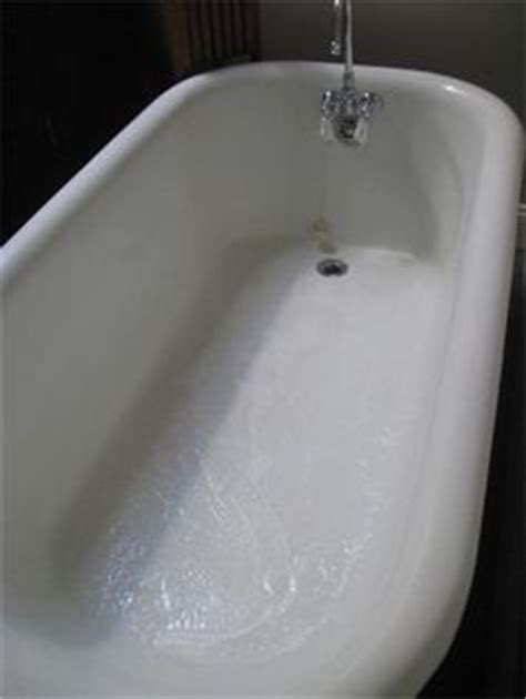 How To Clean An Old Porcelain Enamel Bathtub Or Sink Cast Iron Tub Soaps And Therapy