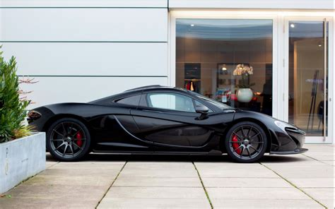mclaren dealership mclaren p1 shining at the dealership in d 252 sseldorf