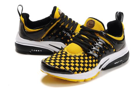 black and yellow running shoes yellow running shoes www shoerat