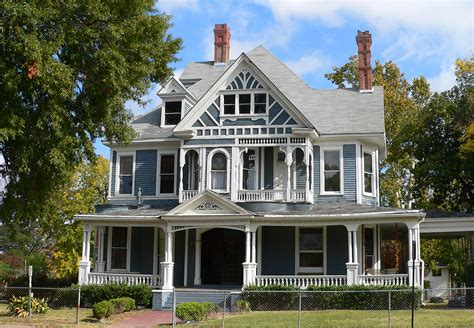Southern Farmhouse Plans by Dfw S Hottest Victorian Houses Currently Listed For Sale