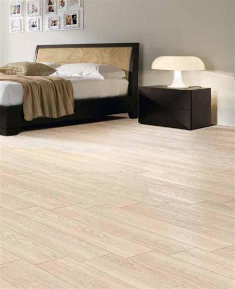 pavimenti in legno bianco pavimento effetto legno bianco antico 15x60 1 176 scelta