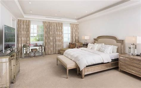 trump bedroom donald trump s childhood in queens new york is for sale