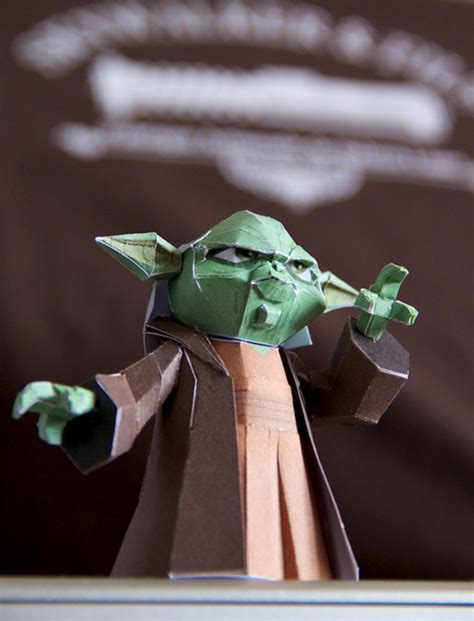Yoda Papercraft - yoda papertoy by cromou on deviantart