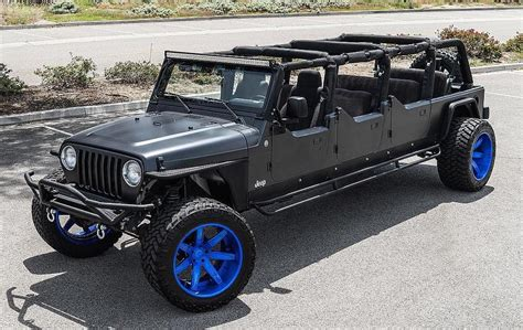 6 Door Jeep Wrangler Seen A 6 Door Jeep Wrangler Roader
