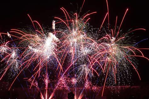 best firework display the best free fireworks displays in 2016