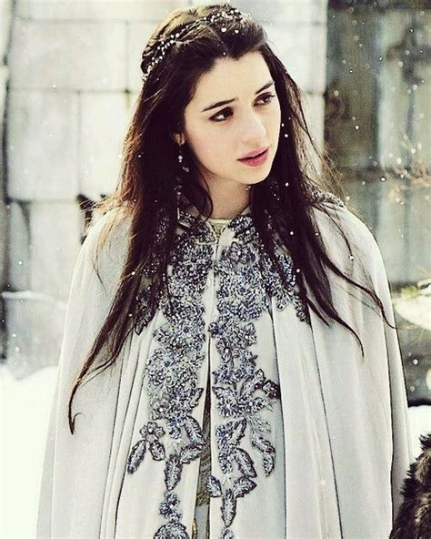long may she reign adelaide kane inspired hair makeup adelaide kane as mary queen of scots long may she reign