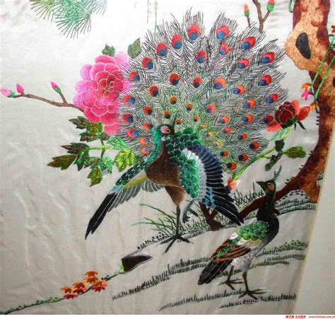 peacock silk embroidery shadowbox asian home decor yue guangdong embroidery chinese embroidery pictures
