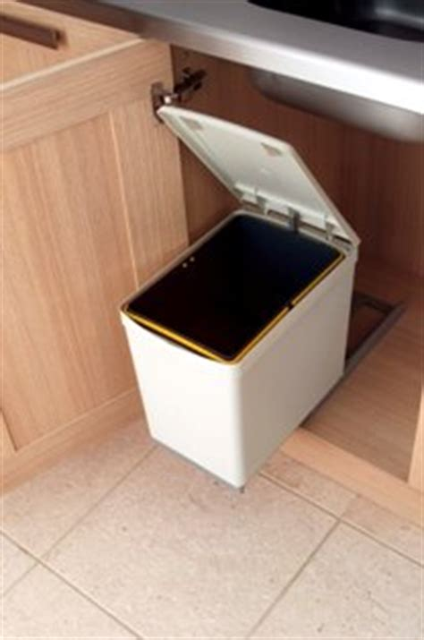 pull out kitchen waste bin for 300mm base unit light grey