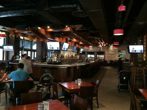 yard house coral gables interior salon picture of yard house coral gables tripadvisor