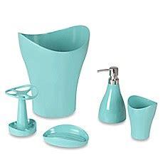 umbra bathroom accessories canada umbra 174 curvino bath ensemble bed bath beyond