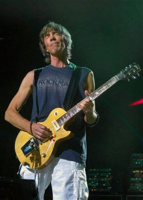 boston tom tom scholz of the band boston his creative effects made