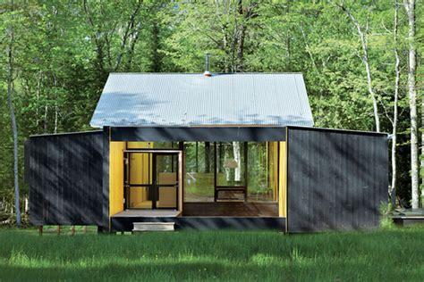 cottage prefabbricati prefab cottage homes modern modest lake house