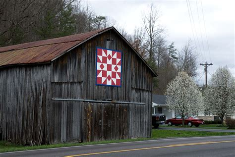 quilt pattern on barns in kentucky kentucky barn quilt photo michelle small photos at pbase com
