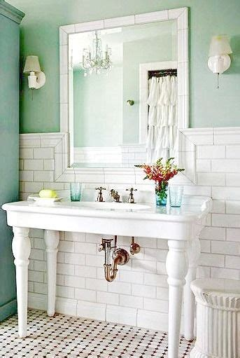 country cottage bathroom ideas 18 best images about country bathroom decor on pedestal porcelain sink and bathroom