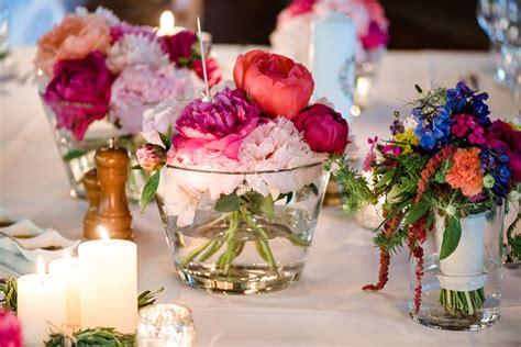 Hochzeit Blumendeko Tisch by Hochzeit Auf Rittergut Friedatheres