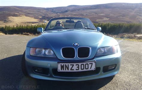 Bond Bmw Bmw Z3 In Goldeneye Trim Plus Collectibles For Sale Bond