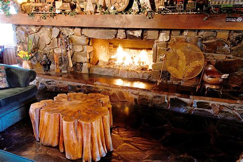 Fireplace Resturant by C 18 Restaurant Food Menu Dining Places On The Oregon