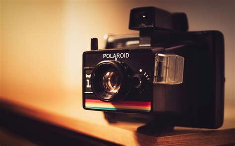 photographer with camera wallpaper hd polaroid camera wallpaper 699 1680 x 1050 wallpaperlayer com