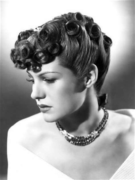 Peinados de moda años 50 29   Me Gusta!   Pinterest   Moda
