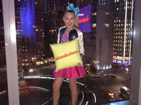hardwood floors jojo siwa commercial 28 images 311 best jojo siwa images on pinterest