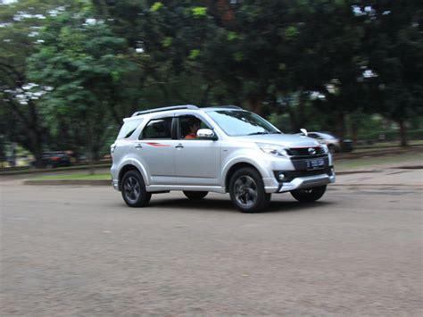 Pedal Gas Manual Trd Sport Biru Putih Merah test drive toyota trd sportivo ultimo at 2016 mobil123 portal mobil baru no1 di