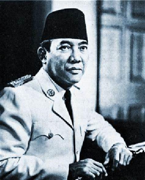 biografi soekarno lengkap i sejarah kehidupan presiden ir sejarah ir soekarno
