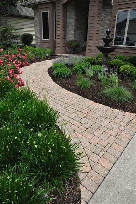 Who Had The Best Sidewalk Style This Year by 17 Best Images About Walkway Ideas On