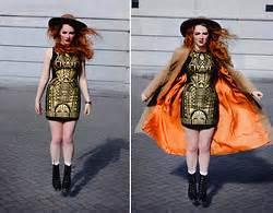 Pashmina Anabella Shawl honey b flower crown vintage midi skirt gold chain