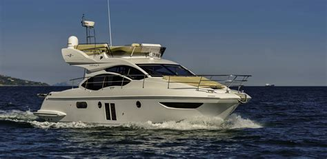 flybridge motor boats for sale motor boats azimut yachts flybridge 42