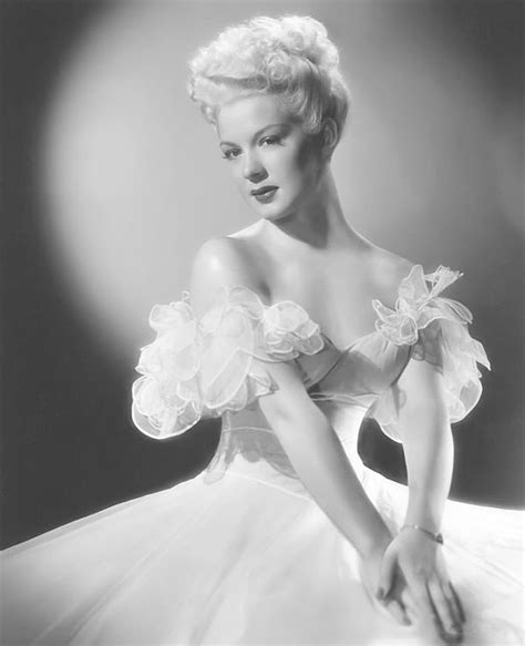 old hollywood on pinterest old hollywood glamour old hollywood pinterest