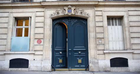Cabinet Claude Et Sarkozy by Sarkozy Avocat Les Coulisses D Un Business Tr 232 S Discret