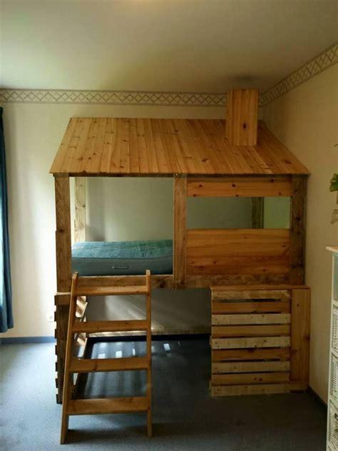 diy log cabin diy pallets log cabin bed pallet ideas recycled