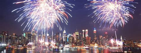 new years fireworks nyc best places to fireworks in nyc 4th of july 2017 macy s 4th of july fireworks 2017