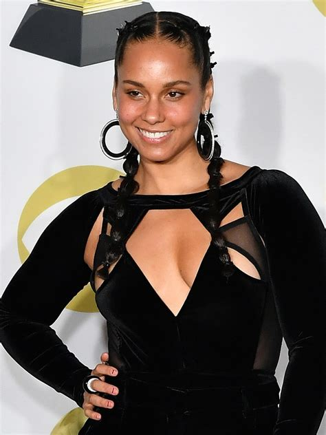 wearing a gown with african braid without makeup alicia keys haircut 2017 haircuts models ideas