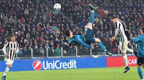 ronaldo juventus usa cristiano ronaldo sends soccer world into a frenzy with beautiful bicycle kick goal for the win